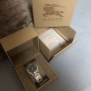 Mens Burberry BU9001 watch NEW